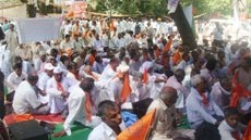 BKS stages massive demo at Jantat-Mantar